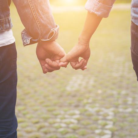 Evlilik İçinde Aşkı Canlı Tutmanın Yolları Nelerdir ?