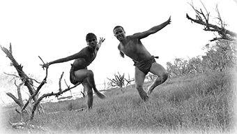 nyoongar dancers