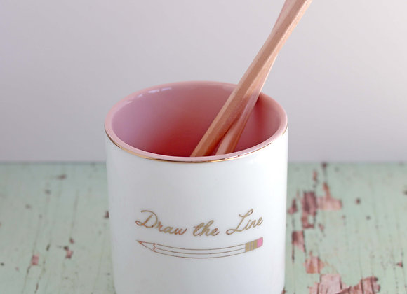 'draw the line' pencil cup