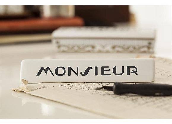 monsieur placeholder