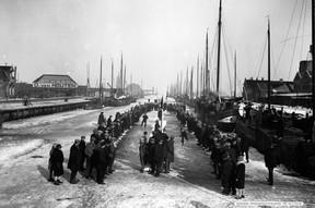 Oosterparkwijk Schaatswedstrijd van Houten 1908