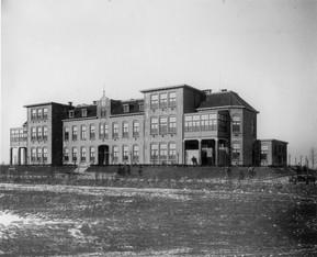 Oude verzorginghuis Treslinghuis gebouwd 1917