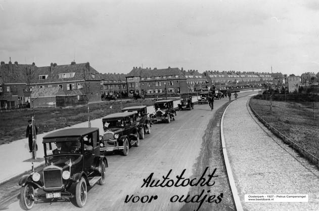 Autotocht met ouden van dagen 1927