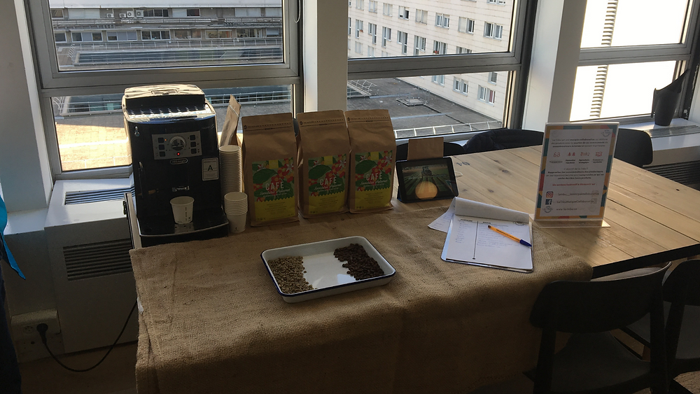 Déguster Café Bio Équitable Machine Expresso