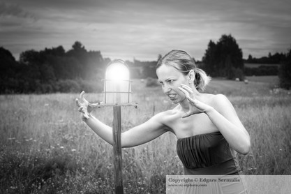 Woman and the lamp