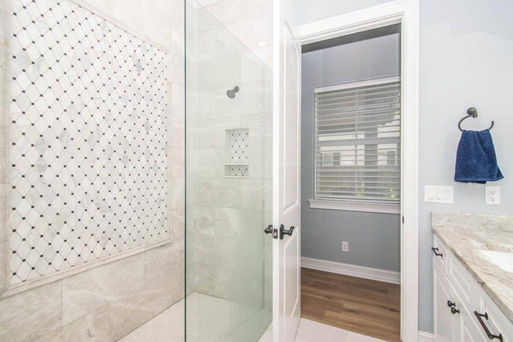 24-Master Bath W Warren Ave.jpg