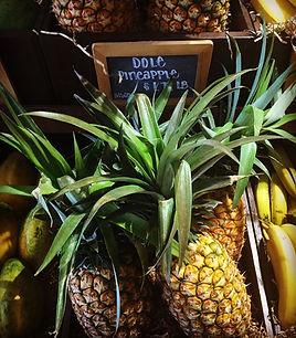 pineapplebiz-pineapples2.JPG