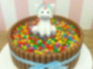 bolo kit kat com topo de unicornio - mar