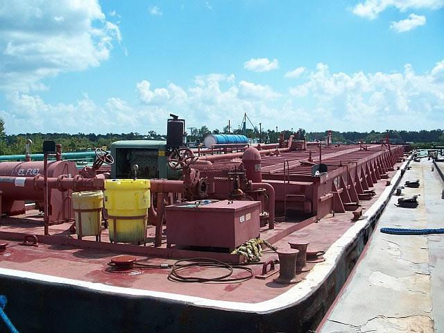 mb3 steel tank barge.jpg