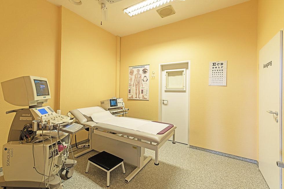 Raum, Bahandlungszimmer; Behandlung