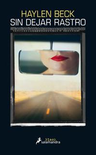 Casada con un poderoso hombre de negocios neoyorquino, Audra Kinney ha reunido las fuerzas suficientes para dejar atrás una vida aparentemente acomodada pero marcada por el maltrato psicológico de su marido. Con sus hijos Sean y Louise, de once y seis años, Audra ha recorrido miles de kilómetros a través de carreteras secundarias con la intención de comenzar una nueva vida en California. Y ahora, frente a los escarpados paisajes de la desértica Arizona, siente que puede volver a respirar, que han dejado atrás el pasado y el peligro. Sin embargo, poco antes de llegar al pueblecito de Silver Water, el sheriff del condado de Elder la detiene por una presunta infracción de tráfico. Y las cosas se complican cuando en el maletero aparece una bolsa con un alijo de drogas.  Audra tiene que dejar que la ayudante del sheriff se haga cargo de los niños, mientras éste la conduce a comisaría y la encierra en una celda a la espera del juicio. Pero cuando menciona a los pequeños, todo el mundo se sorprende. Según ella, el policía los ha secuestrado; según él, no había niños en el coche. Es la palabra de una fugitiva contra la de un agente con décadas de servicio y un expediente intachable, así que, a pesar de la intervención del FBI, el linchamiento mediático y social de Audra es inmediato e imparable. Hasta que Danny Lee, un detective privado con una historia personal muy parecida a la de Audra, decide entrar en acción.  Sin dejar rastro es un emocionante thriller construido de forma impecable ?intrigante, muy adictivo y con un final sorprendente? sobre la lucha de una mujer desesperada que hará lo que sea por recuperar a sus hijos.