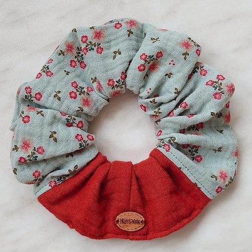 scrunchie aus Musselin dusty mint / rost
