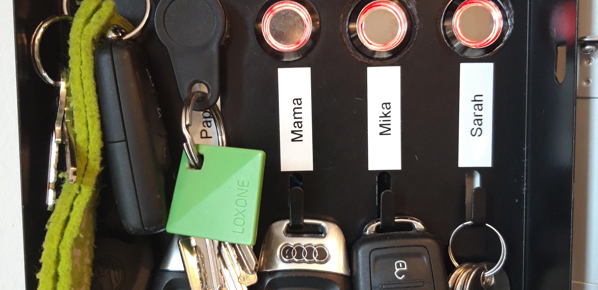 Schlüsselkasten, Detail
