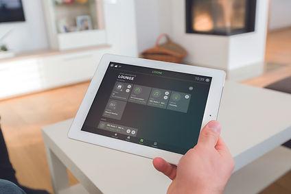 (c)Loxone_App-iPad-Lounge.jpg