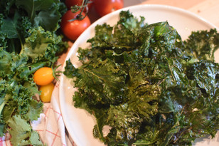 Fresh kale chips