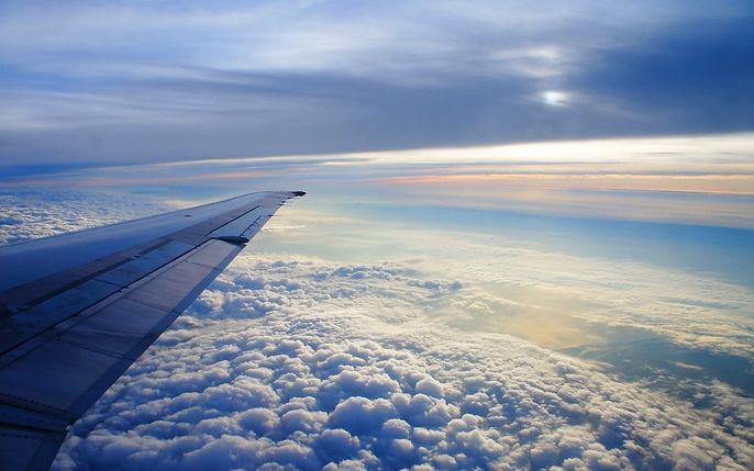 samolet-krylo-nebo-polet.jpg