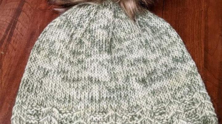 Leni Hat-VT Yarn & Handmade Poms