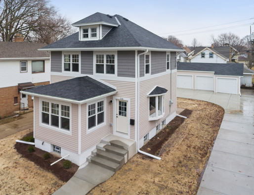 New Listing in Wauwatosa