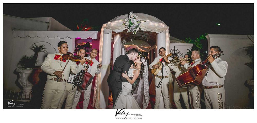 wedding-valeystudio-real-del-rio-tijuana-43.jpg