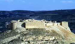 Shawbak Castle 1.jpg
