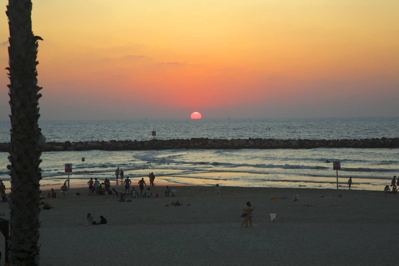 Sunset in TLV.jpg