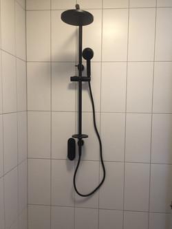 new-shower-install-darwin-plumbers