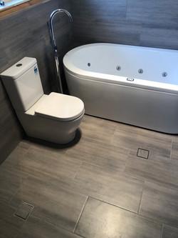 Sunnyside Project - Bathroom renovation Adelaide jet bath installation by Bathe Room