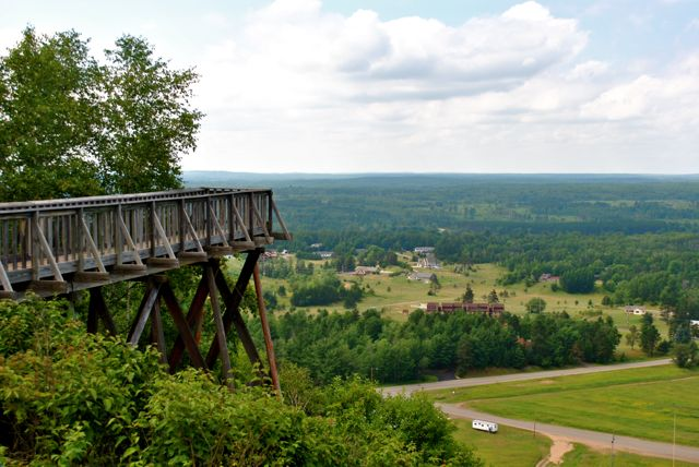 Pine-Mountain-Scenic-Lookout
