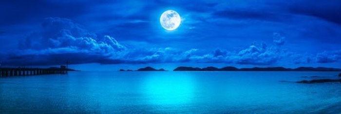 月の画像.jpg