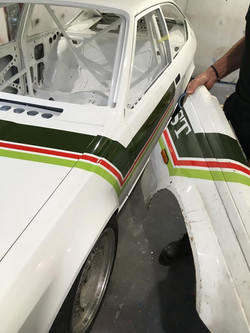 Matching to the original 1986 alfa 75 wing