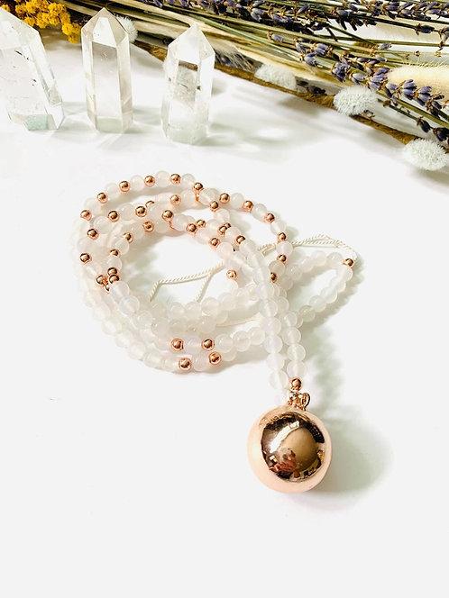 Mala sensoriel grossesse - Bola - Rosegold - bijoux apaisement bébé - Communicat