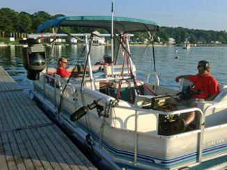 Pontoon Boat camera mount