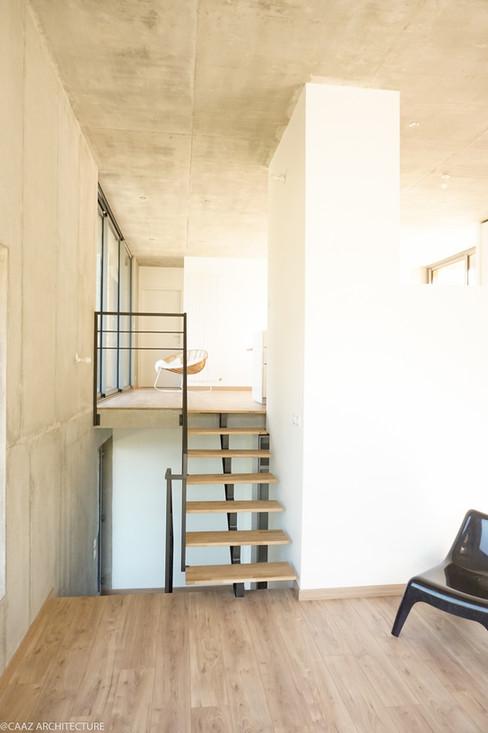 04 CAAZ Proveysieux Maison M escalier 2.