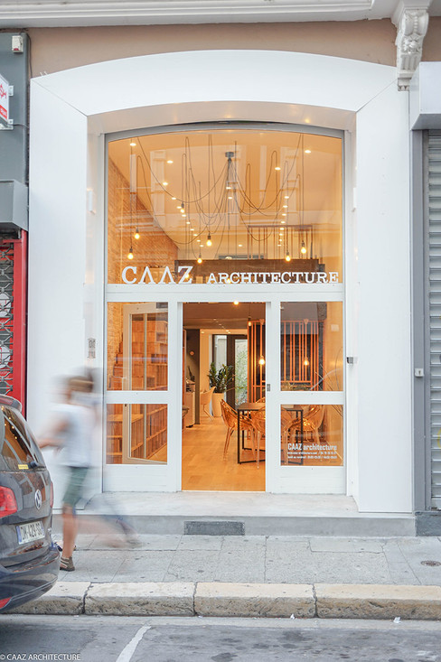 01 CAAZ Grenoble agence vitrine.jpg