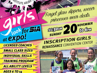 Girls look for SIA at Expo!
