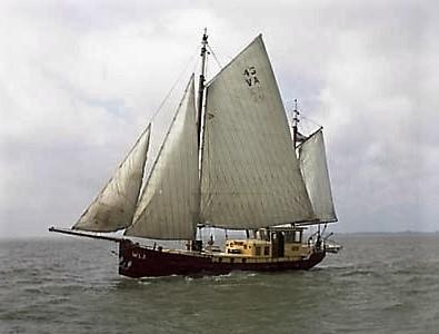 Zeilkotter 17 m woonschip