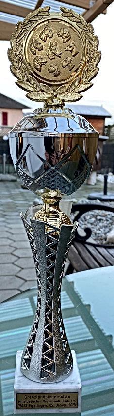 Pokal Xelly.jpg