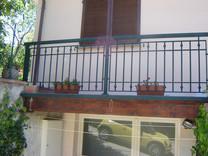 Balcone in alluminio Modello B012