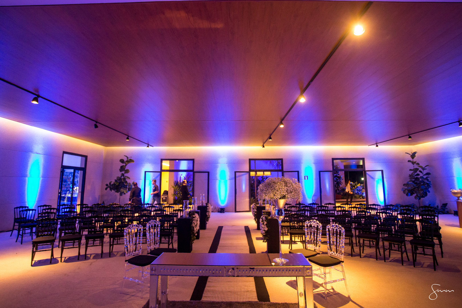 Cerimônia sofisticada com Dior Preta