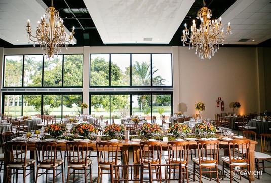 Mesa de banquete com Dior Imbuia