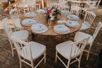 Mesa de convidados rústica