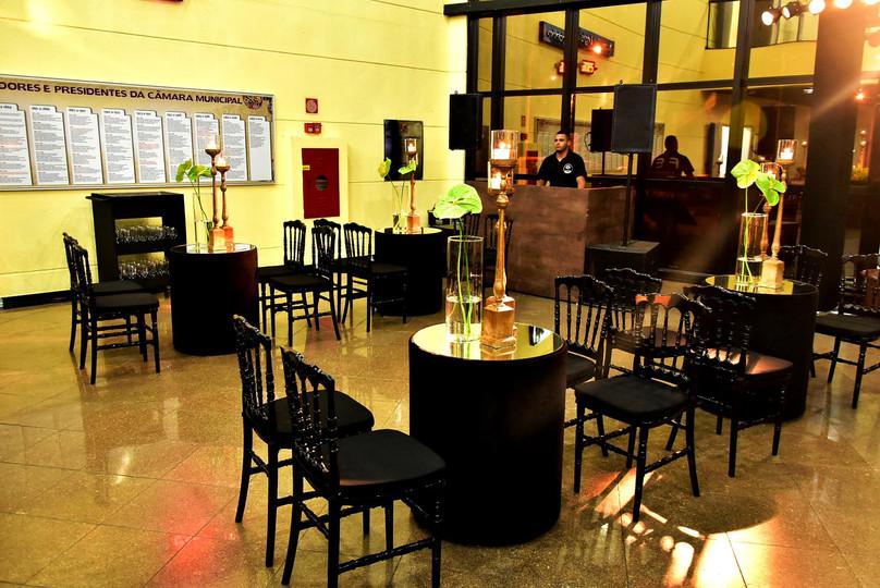 Lounge moderno preto