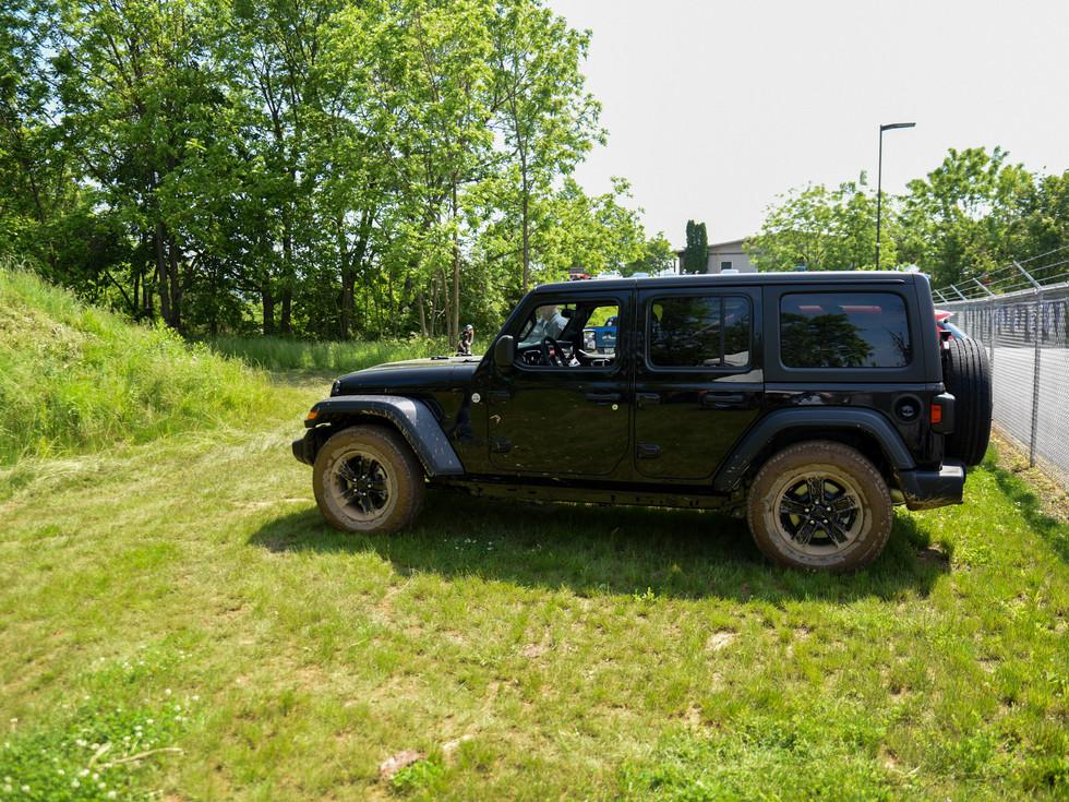 jeep-413.jpg