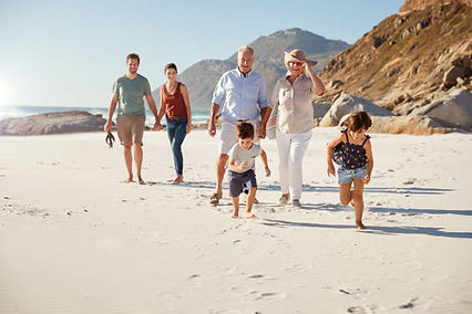 Beach whole family.jpg