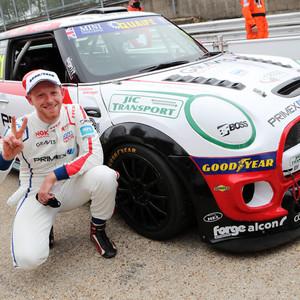 Max Coates - Brands Hatch Indy - MINI CH