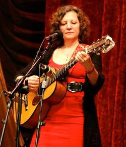 Lisa Biales