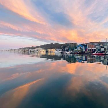 Houseboats2_edited.jpg