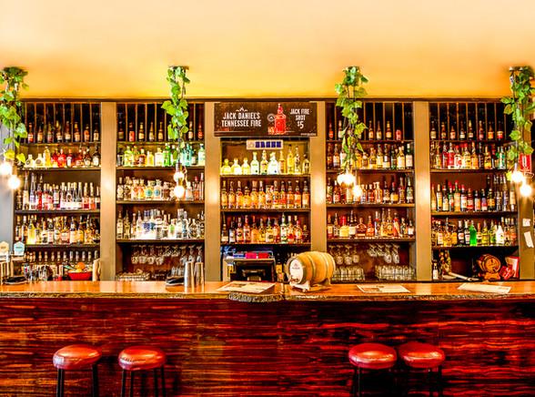 29th apartment bar