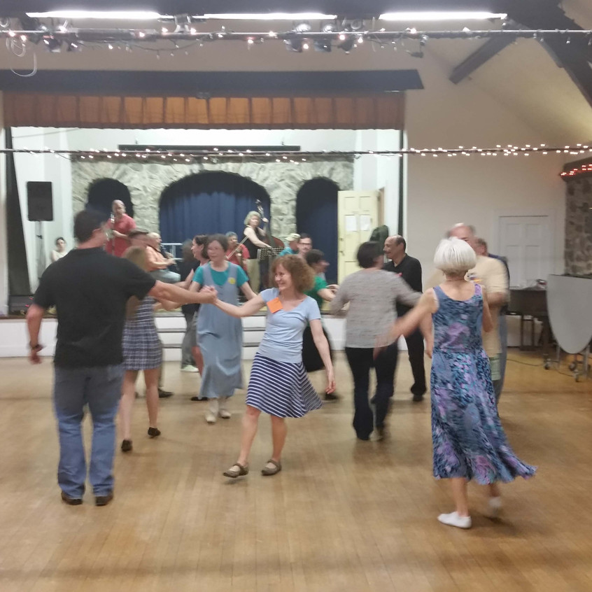 2016-05-14 Round Hill Country Dances-2