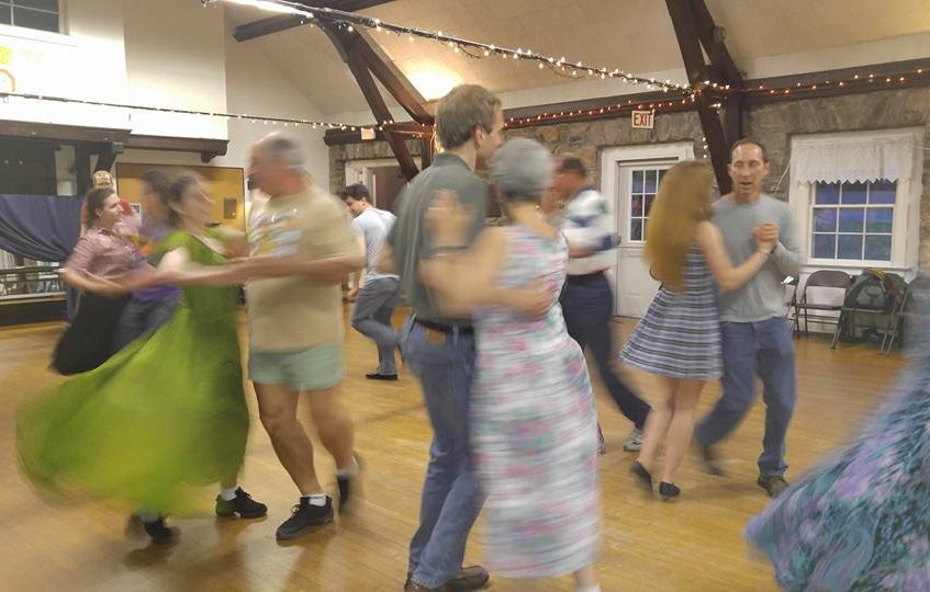 2016-05-14 Round Hill Country Dances-3